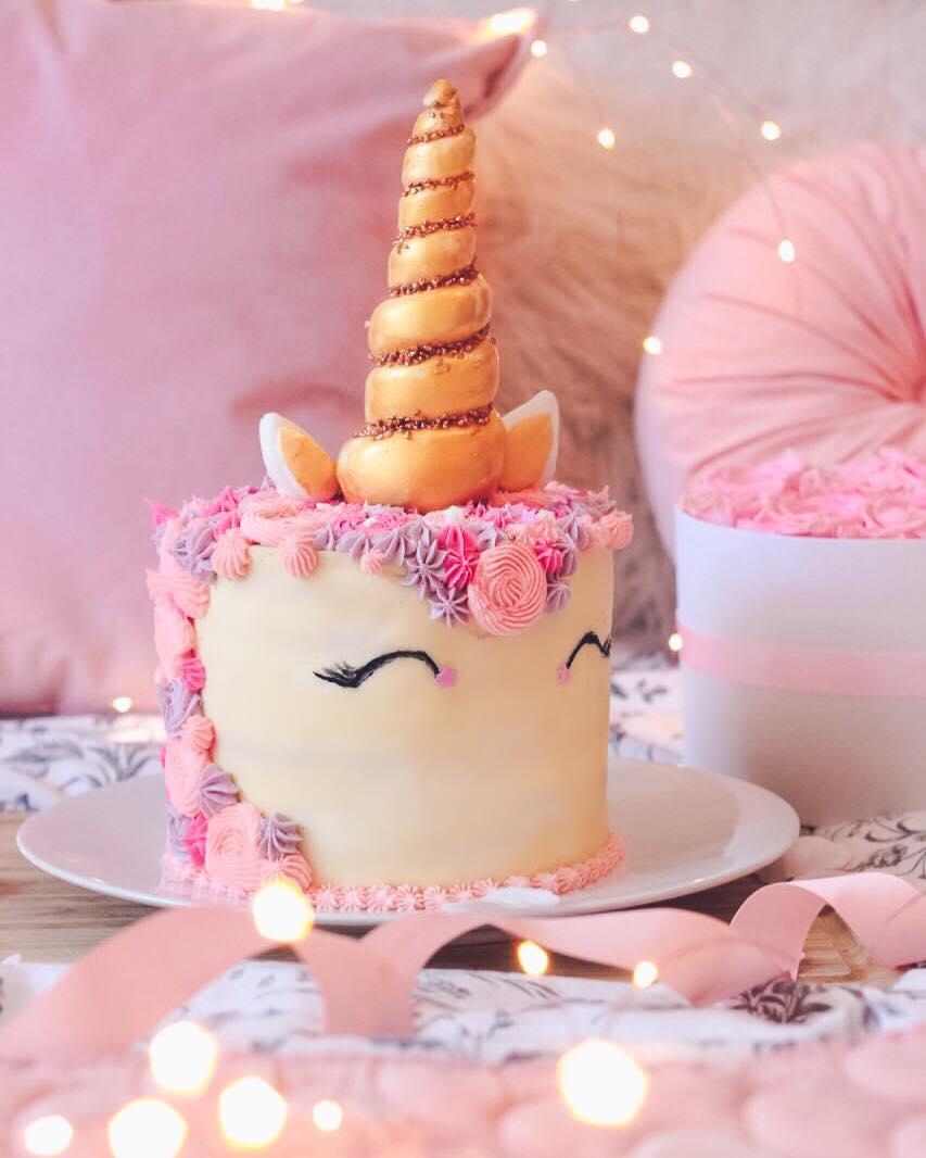 Ombre Unicorn Cake