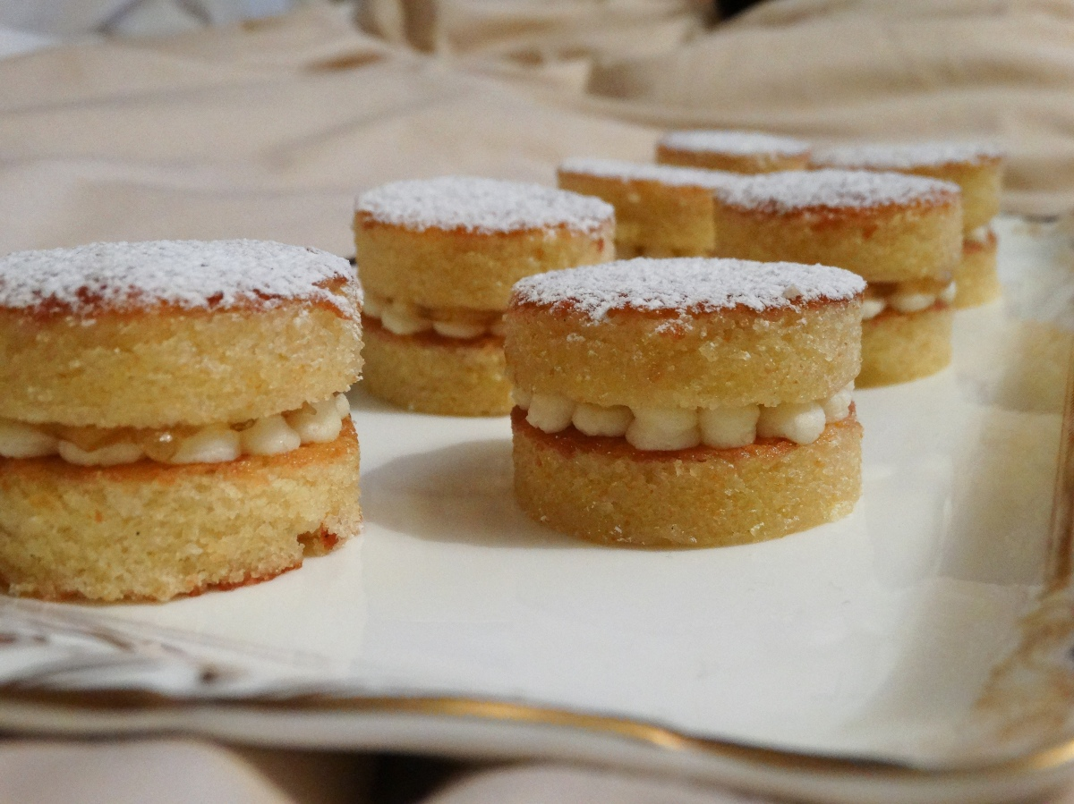 Almond Cake PetitGateaux